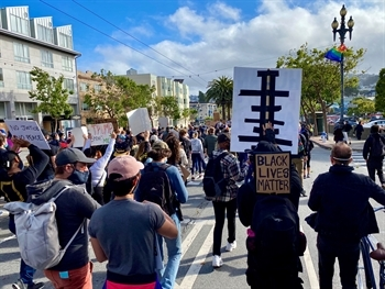 Black Lives Matter March in San Francisco. Photo Credit: Renee Menart